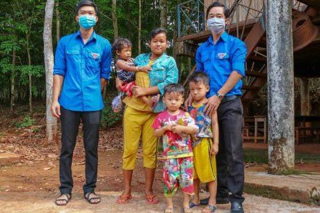 Trong thời gian vừa qua, ĐTN công ty đã có nhiều hoạt động ý nghĩa hỗ trợ nhân dân trên địa bàn