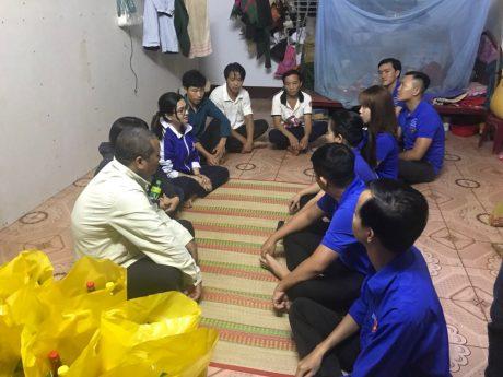 Dịp này, ĐTN TCT cũng đã đến thăm hỏi, động viên NLĐ ở Hà Giang vào làm việc tại TCT