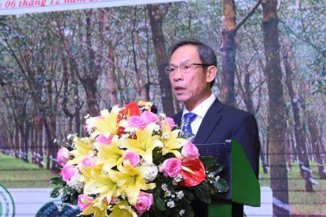 Ông Trần Ngọc Thuận - Chủ tịch Hiệp hội Cao su VN, Chủ tịch HĐQT VRG phát biểu tại Hội thảo