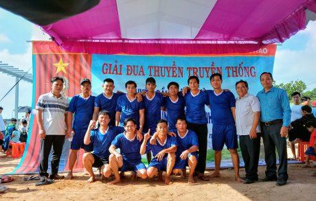 Đội đua thuyền Công ty tham gia Giải đua thuyền truyền thống huyện Dầu Tiếng năm 2020