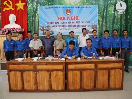 Đoàn TN Công ty Cao su Lộc Ninh và Huyện Đoàn Lộc Ninh cùng ký kết công tác phối hợp giai đoạn 2020 – 2022.